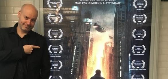 interview-de-g-r-duvert-pour-la-sortie-du-film-virtual-revolution_917991